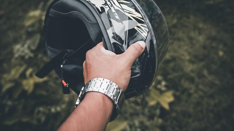 バイクにおすすめの腕時計 5選