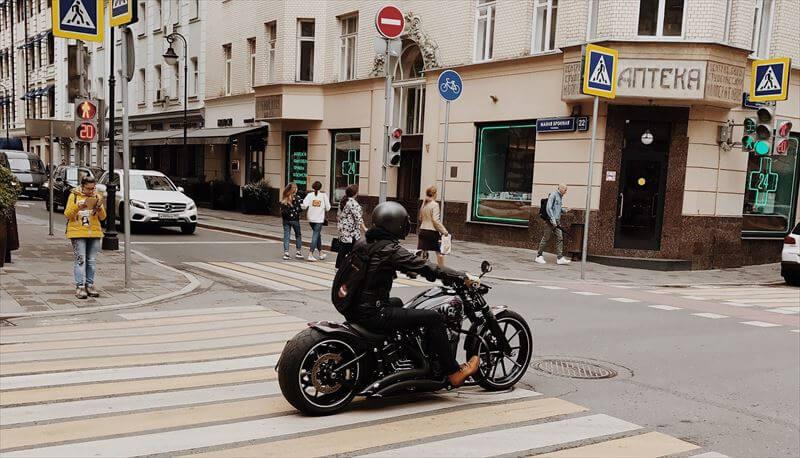 バイクの教え方が上手い人に教えてもらう