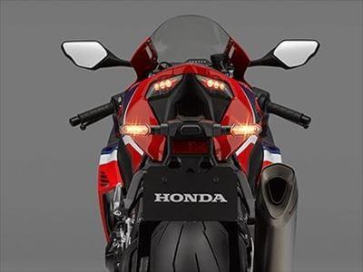 なぜ、バイクのナンバープレートはダサいのか?2