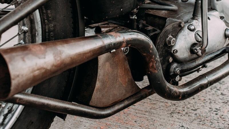 バイクの表面に浮いた、軽いサビを取る方法