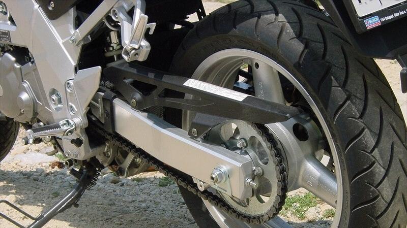 バイクの空気圧適正値と測定間隔