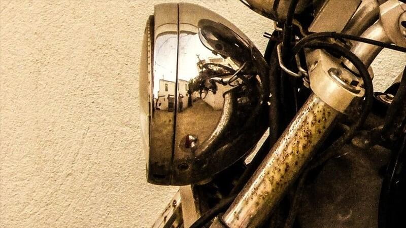 バイクの洗車は、汚れは落ちるが水が入り込む
