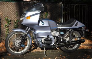 R1000RS