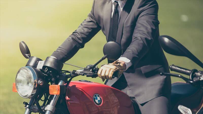バイクグローブに求められる2つの機能