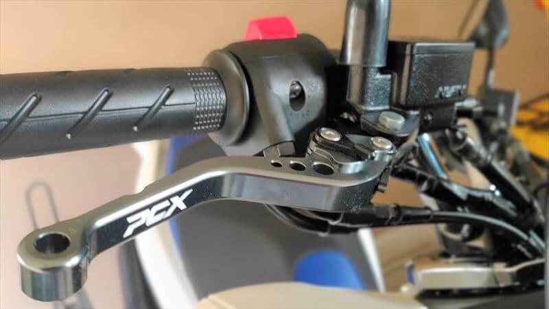 PCXにパーキングブレーキを付ける方法
